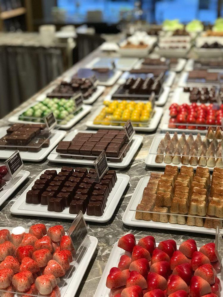 The best chocolates in Brussels are at Frederic Blondeel. Possibility to taste them during a guided tour with Brussels By Foot.