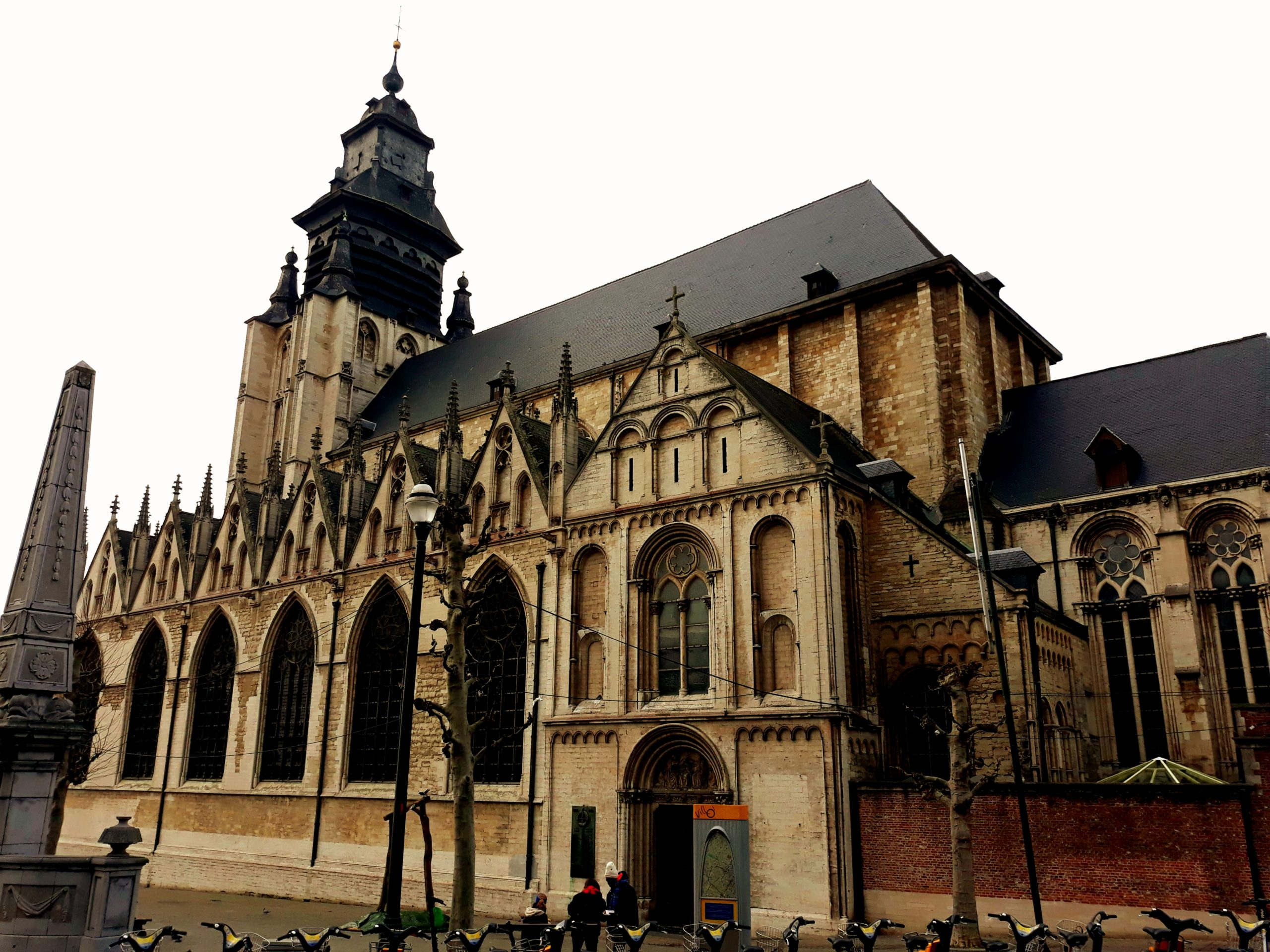 Iglesia de la Chapelle, punto de encuentro de la visita Bruselas 1000 años de luchas de BRUSSELS BY FOOT