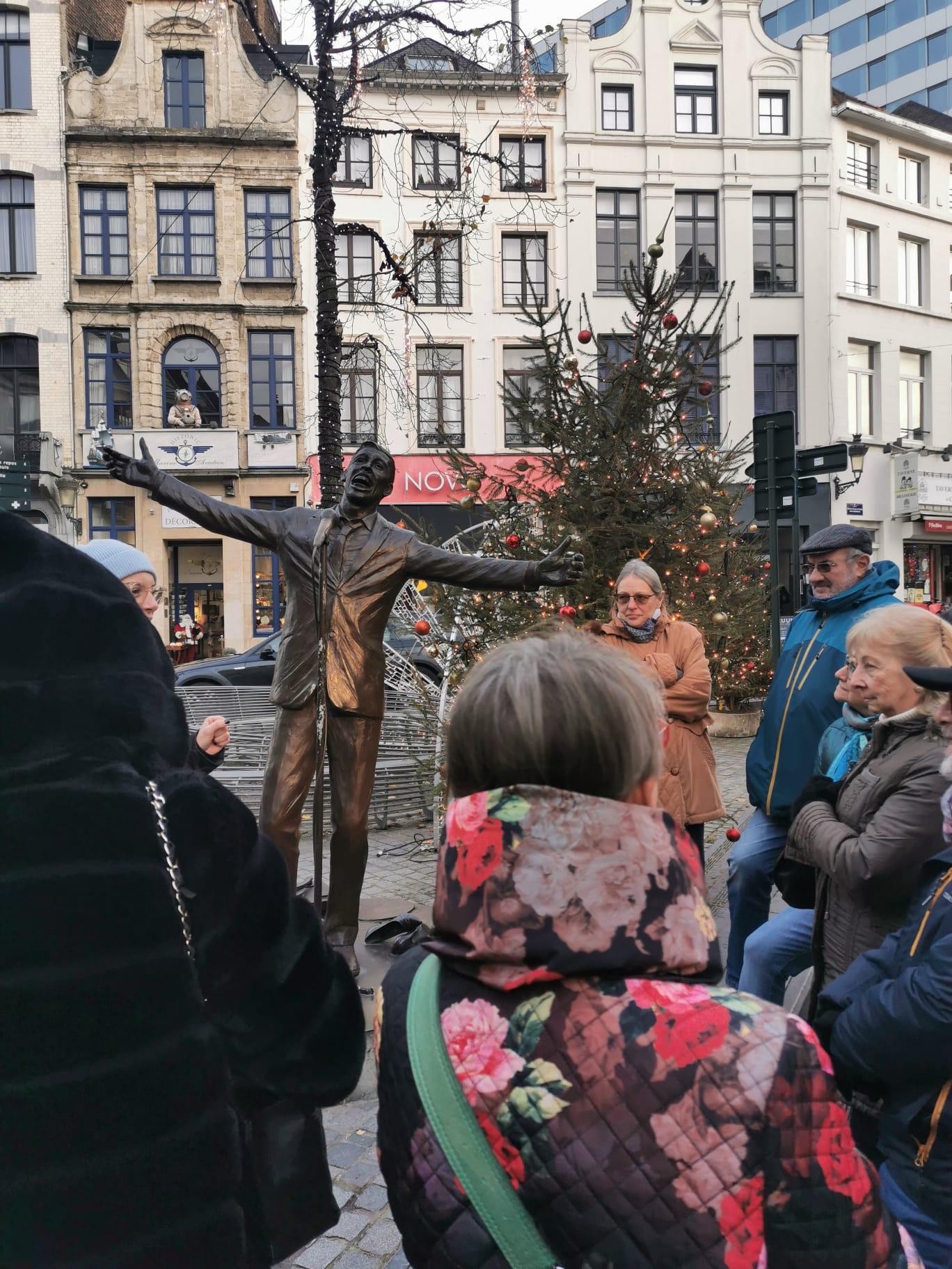 Statue de Jacques Brel visible lors de la visite Brusseleirs d'Hier et d'Aujourd'hui de Brussels By Foot